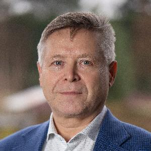 Juha Mäkinen image